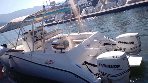 Barco Waicat 270 - 2012 / 170h / Parelha 300hp