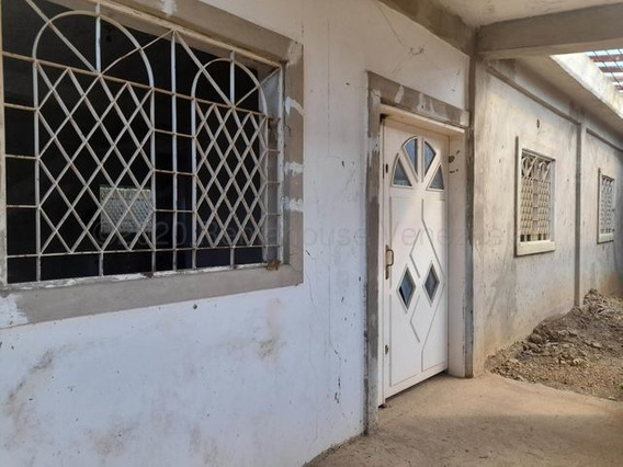 04146954944 Cod-21-10177 Casa En Venta Sector San Jose