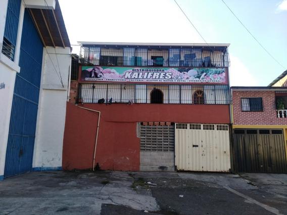 Apartamento Y Local Comercial, La Concordia.