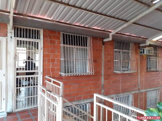 Apartamentos En Venta Urb El Lago-madre Maria 04265330810