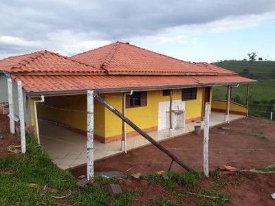 Sítio No Sul De Minas , Cidade De São Lourenço , Com 05 Ha , Casa Muito Boa , Ótima Localização. - 4383