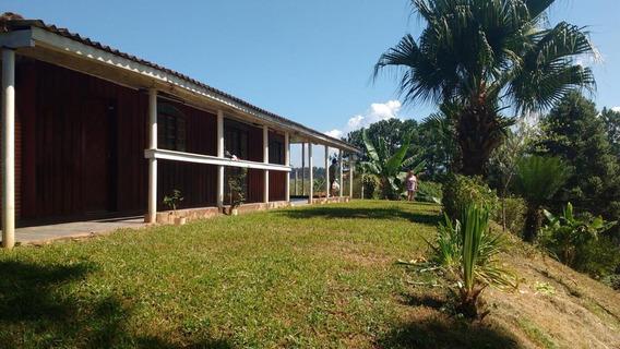 Chácara Em Sta. Isabel (3000m²) - Condomínio Fechado Calmo.