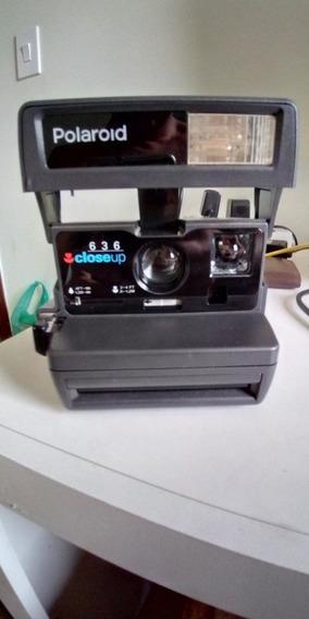Câmera Polaroid 636 Close Up Instantânea