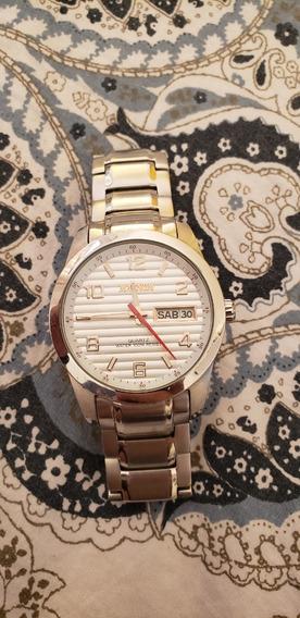 Relógio Magnus