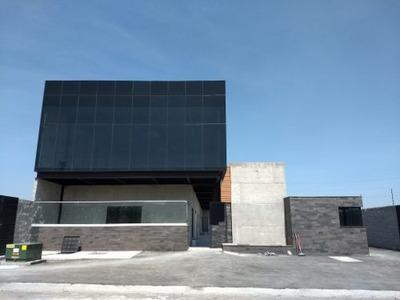 Edificio De Oficinas En Renta // Cor180615-jl