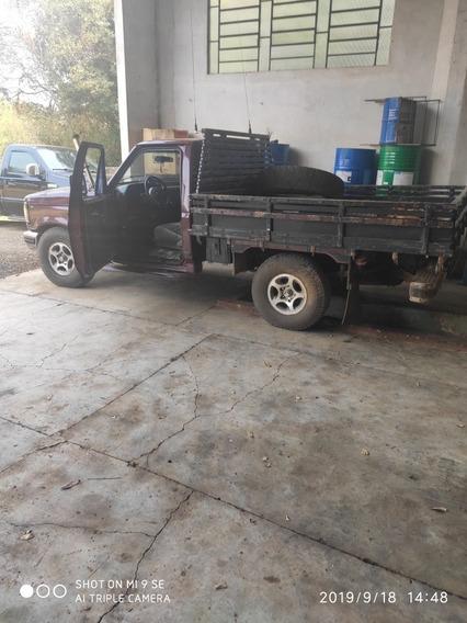 Ford F1000 Xlt X10