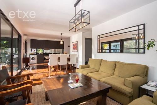 Apartamento En Venta De 2 Dormitorios En Carrasco Norte