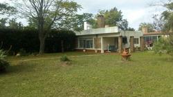 Casa Con Hermoso Parque, Barbacoa Y Piscina Climatizada