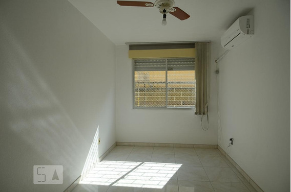 Apartamento Para Aluguel - Camaquã, 1 Quarto, 57 - 893018890