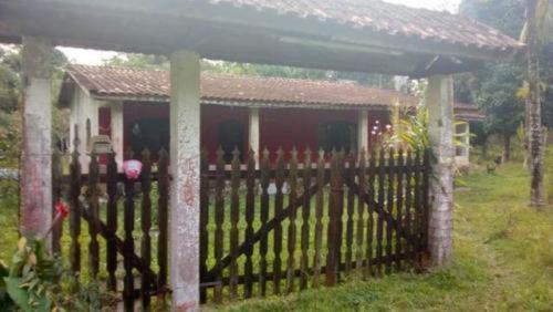 Ótima Chácara Com Árvores Frutíferas Em Itanhaém - 4291 |npc