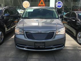 Chrysler Town & Country Li 2016