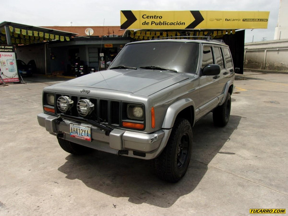 Jeep Cherokee Clasica