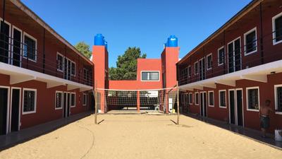 Complejo De Habitaciones Para Jovenes