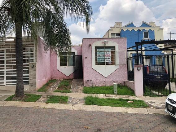 Bonita Casa En Lomas De Curiel Tlaquepaque Jal.
