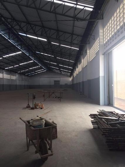 Galpão Em Parque Industrial Das Oliveira, Taboão Da Serra/sp De 3330m² Para Locação R$ 35.000,00/mes - Ga272504