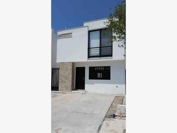 Casa En Venta En Fracc Bonaterra Residencial