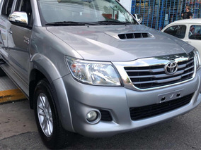 Toyota Hilux 3.0 Cd Srv Limited 171cv 4x4 2015
