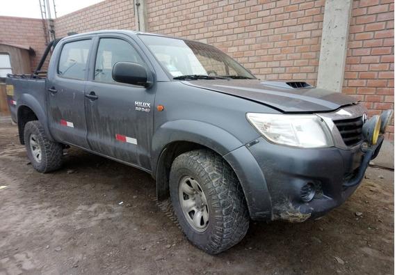 Toyota Hilux 4x4 Sr Año 2013