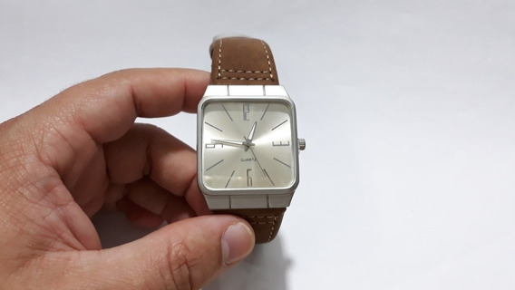 Relógio Masculino Quadrado Bateria Pulseira De Couro