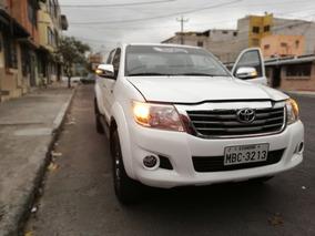 Toyota Hilux Sr5 4x4 -2015