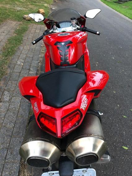 Ducati 1198 - Superbike 2011