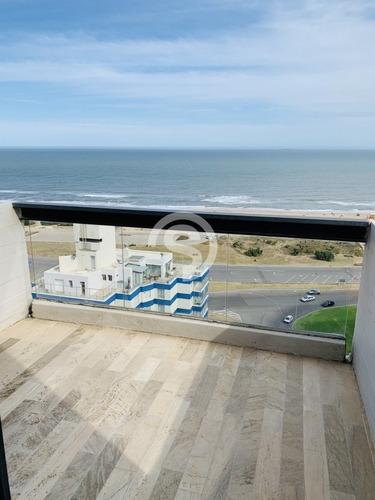 Apartamento En Venta, Primera Línea, Punta Del Este- Ref: 4474