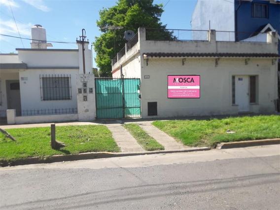En Venta Casa Con Departamento En Moreno Centro