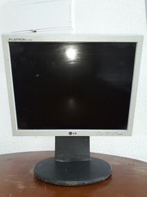 Vendo Um Monitor De Computador Em Bom Estado