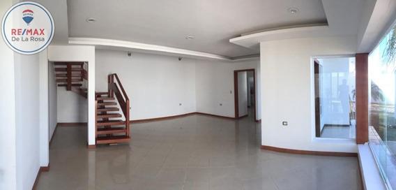 Espaciosa Casa En Renta En Colinas Del Saltito
