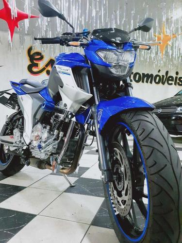 Imagem 1 de 12 de Yamaha Fazer 250