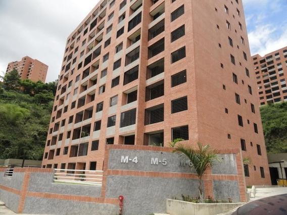 Moderno Apartamento Con Acabados De Primera Mls #19-14698