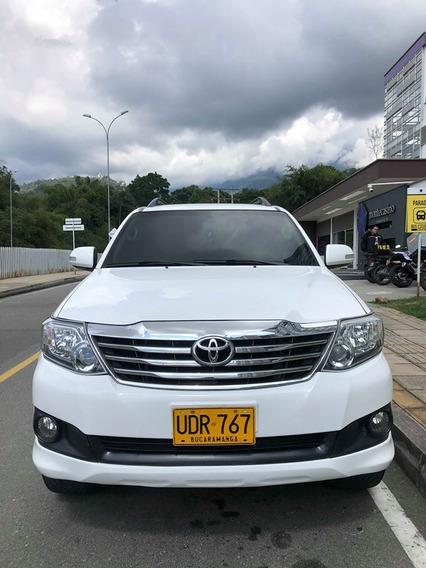 Toyota Fortuner 2015