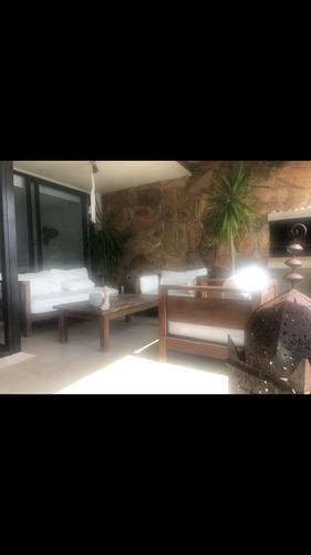 Imagen 1 de 11 de Apartamento De 2 Dormitorios En Punta Ballena