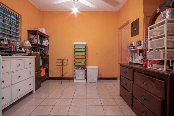 Casa/local En Venta En Calle Principal En San Geronimo