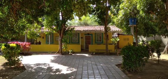 Casa Familiar Alquiler En Tucacas