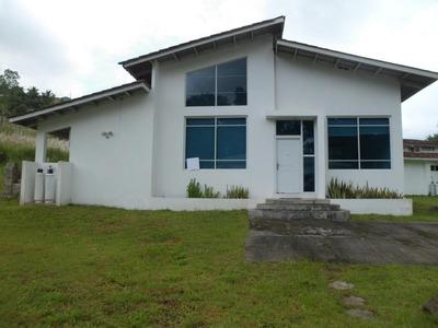 16-4662ml Casa Se Encuentra Ubicada En Brisas De Golf
