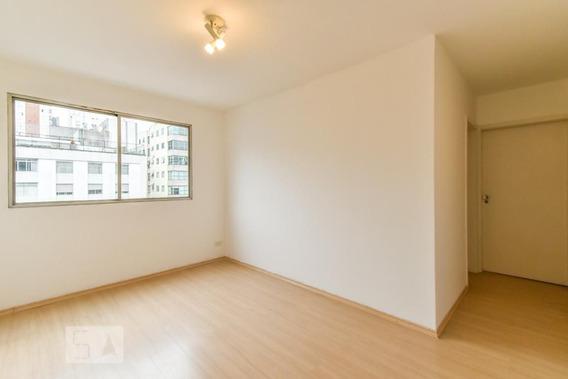 Apartamento No 1º Andar Com 2 Dormitórios E 1 Garagem - Id: 892990600 - 290600