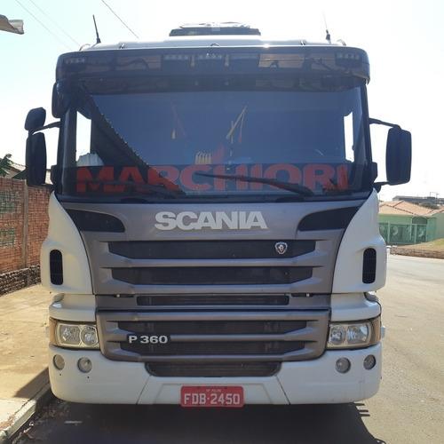 Imagem 1 de 4 de Scania P360 6x2
