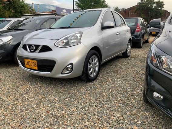 Nissan March Automatico 1.6 Gris Plata 2015 Ino208