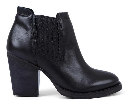 Bota Levis Feminina City Boots Folsom Chelsea Preto