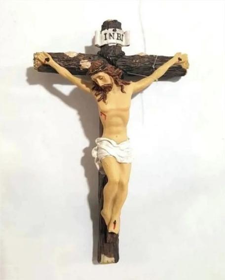 Imagem Escultura Crucifixo Jesus Cruz Resina Pendurar 9cm P