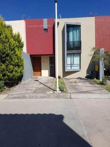 Casa En Oyamel Zona Santa Anita
