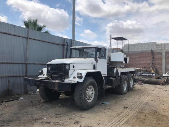 Vendo Camión Grúa Reo 6x6 / Pistones Winches Bonbas Tadano