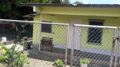 Vendo Casa Con Terreno En Rio Hato