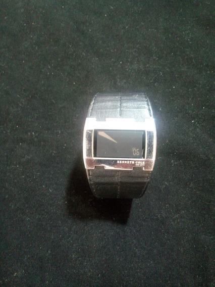Reloj Kenneth Cole, Color Negro Con Correa De Piel Original.