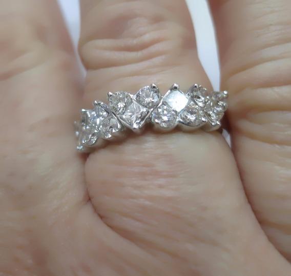 Incrível Meia Aliança Ouro Branco 1,8 Quilates De Diamantes