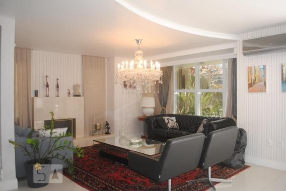 Casa Mobiliada Com 4 Dormitórios E 4 Garagens - Id: 892946664 - 246664