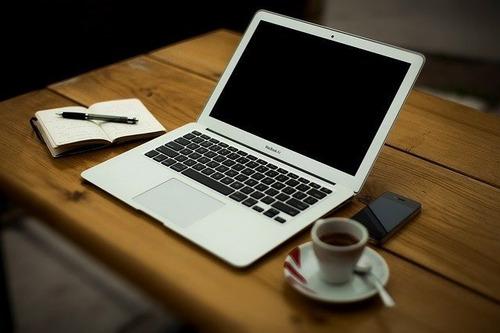Redator Freelancer - Serviço De Redação De Textos E Artigos