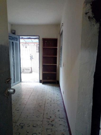 Arriendo Apartaestudio En Medellin, San Javier