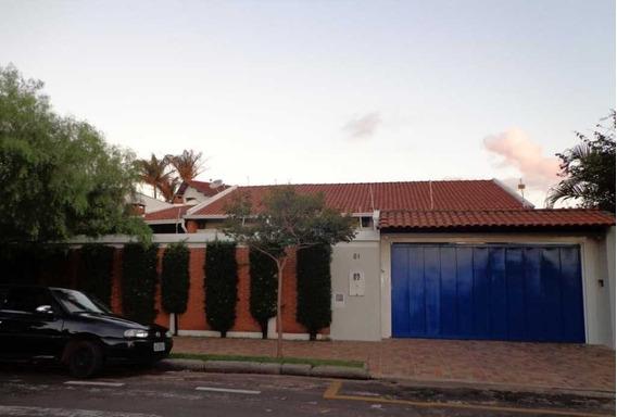 Venda De Casas / Padrão Na Cidade De Araraquara 9510